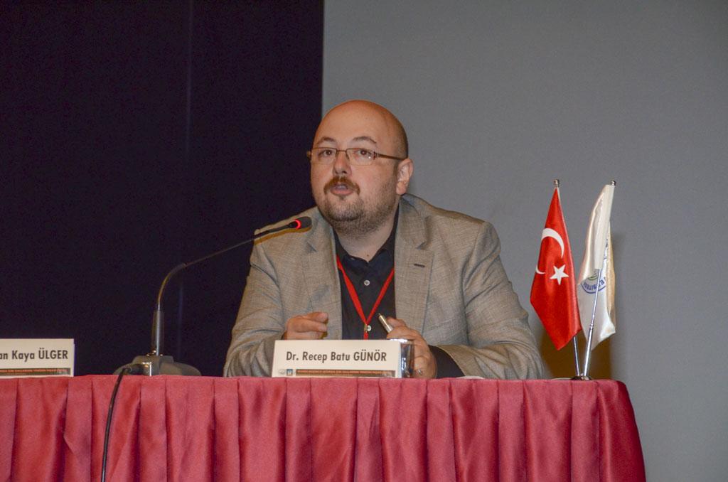 """DSC 0319 - Türkiye'de İlk Kez Düzenlenen """"Tevhidi Düşünce Işığında İlim Dallarının Yeniden İnşası Şurası"""" BAİBÜ'de Başladı"""