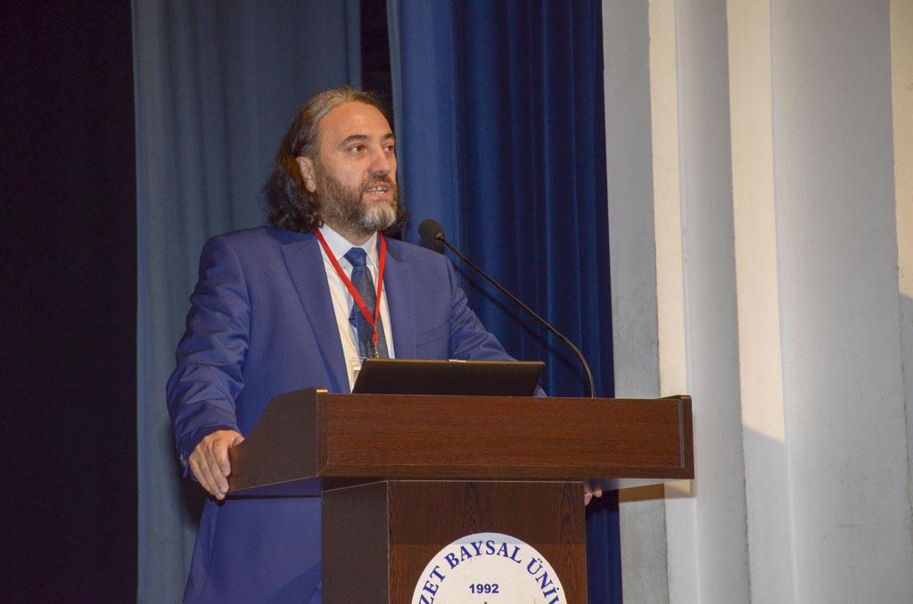 """DSC 0349 - Türkiye'de İlk Kez Düzenlenen """"Tevhidi Düşünce Işığında İlim Dallarının Yeniden İnşası Şurası"""" BAİBÜ'de Başladı"""