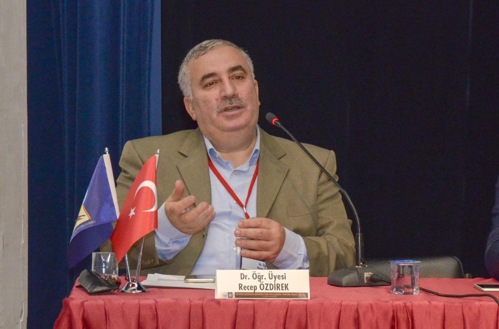 """DSC 0537a - Türkiye'de İlk Kez Düzenlenen """"Tevhidi Düşünce Işığında İlim Dallarının Yeniden İnşası Şurası"""" BAİBÜ'de Başladı"""