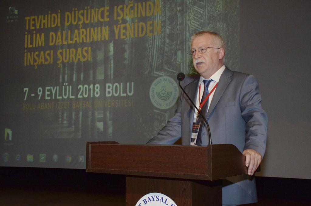 """DSC 9406 - Türkiye'de İlk Kez Düzenlenen """"Tevhidi Düşünce Işığında İlim Dallarının Yeniden İnşası Şurası"""" BAİBÜ'de Başladı"""