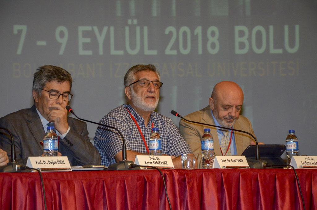 """DSC 9610 - Türkiye'de İlk Kez Düzenlenen """"Tevhidi Düşünce Işığında İlim Dallarının Yeniden İnşası Şurası"""" BAİBÜ'de Başladı"""