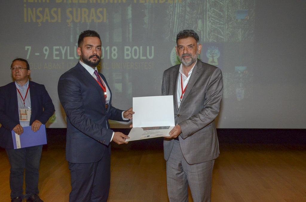"""DSC 9901611 - Türkiye'de İlk Kez Düzenlenen """"Tevhidi Düşünce Işığında İlim Dallarının Yeniden İnşası Şurası"""" BAİBÜ'de Başladı"""