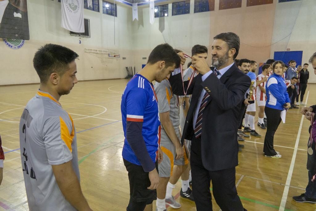 DSC00359 - Üniversite İçi Salon Futbol Turnuvası'nda Şampiyon BESYO...