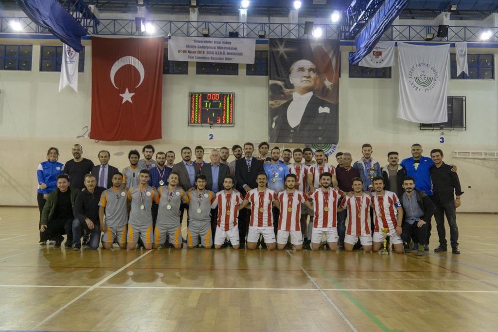 DSC00429 - Üniversite İçi Salon Futbol Turnuvası'nda Şampiyon BESYO...