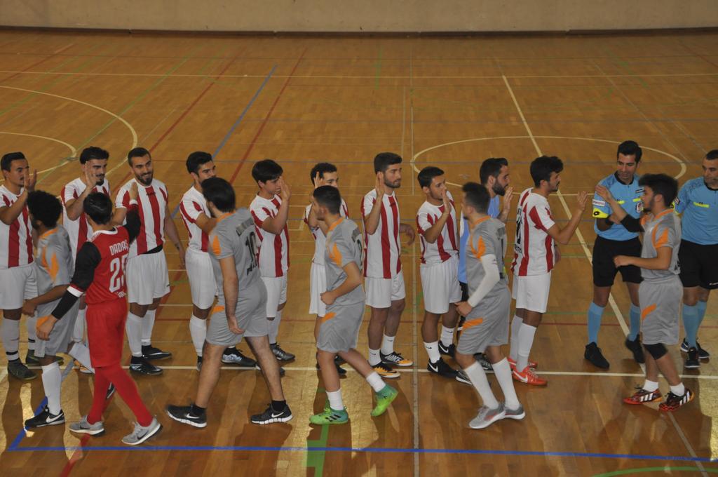 DSC 0175 - Üniversite İçi Salon Futbol Turnuvası'nda Şampiyon BESYO...