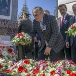 17 150x150 - İzzet Baysal Vefatının 19. Yıldönümünde Üniversitemizde Düzenlenen Törenle Anıldı