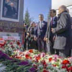 18 150x150 - İzzet Baysal Vefatının 19. Yıldönümünde Üniversitemizde Düzenlenen Törenle Anıldı