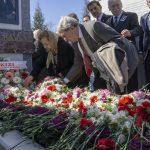 18 2 150x150 - İzzet Baysal Vefatının 19. Yıldönümünde Üniversitemizde Düzenlenen Törenle Anıldı