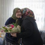DSC 1869 150x150 - Rektör Alişarlı Anneler Gününde Şehit Ozan Özen'in Annesini Ziyaret etti.