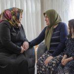 DSC 1897 150x150 - Rektör Alişarlı Anneler Gününde Şehit Ozan Özen'in Annesini Ziyaret etti.