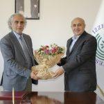 DSC 2561 150x150 - BAİBÜ İlahiyat Fakültesi Dekanlığında Devir Teslim Töreni Düzenlendi