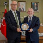 DSC 7901A 1 150x150 - Cumhurbaşkanı Başdanışmanı Yalçın Topçu'dan, Rektör Alişarlı'ya Ziyaret