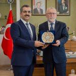 DSC 7910A 150x150 - Cumhurbaşkanı Başdanışmanı Yalçın Topçu'dan, Rektör Alişarlı'ya Ziyaret