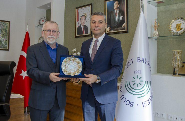 DSC 8598 741x486 - BAİBÜ, Filistin'de Tıp Kongresine Katıldı, An-Najah Üniversitesiyle Protokol İmzaladı